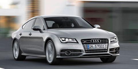 Tire, Automotive design, Automotive mirror, Vehicle, Transport, Headlamp, Grille, Car, Automotive lighting, Audi,