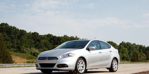 Tire, Wheel, Road, Automotive design, Mode of transport, Daytime, Vehicle, Automotive tire, Alloy wheel, Transport,