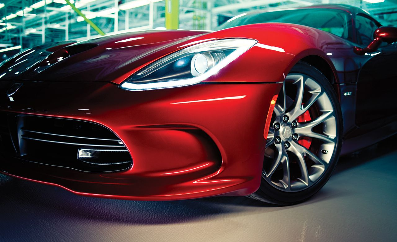 2013 Srt Viper Gts In Depth With The Men Who Made It Happen Feature Car And Driver