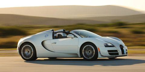 Tire, Mode of transport, Automotive design, Vehicle, Transport, Automotive mirror, Car, Bugatti veyron, Sports car, Headlamp,