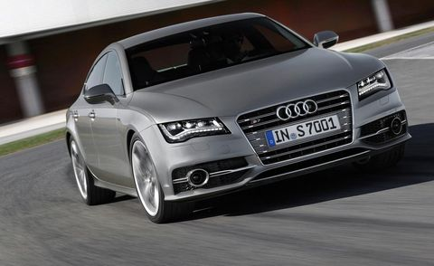 Mode of transport, Automotive design, Vehicle, Transport, Grille, Car, Rim, Automotive mirror, Personal luxury car, Audi,