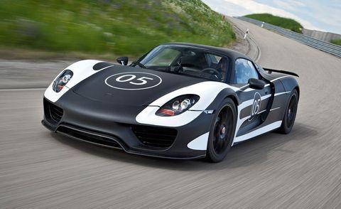 Tire, Wheel, Automotive design, Vehicle, Land vehicle, Performance car, Car, Headlamp, Rim, Sports car,