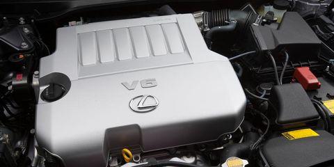 Engine, Automotive exterior, Automotive engine part, Automotive fuel system, Automotive air manifold, Personal luxury car, Kit car, Automotive super charger part, Fuel line, Hood,