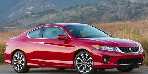 Tire, Wheel, Mode of transport, Vehicle, Car, Glass, Hood, Red, Automotive lighting, Automotive mirror,