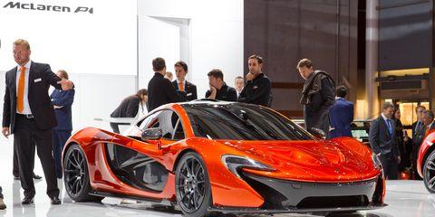 Automotive design, Vehicle, Event, Car, Auto show, Supercar, Exhibition, Sports car, Personal luxury car, Suit,