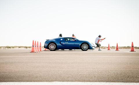 bugatti veyron grand sport in mojave desert