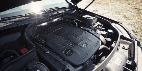 Motor vehicle, Automotive design, Vehicle, Car, Automotive exterior, Personal luxury car, Engine, Hood, Luxury vehicle, Bumper,