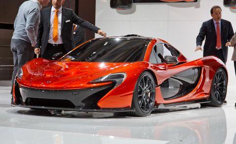 Automotive design, Vehicle, Event, Land vehicle, Auto show, Car, Exhibition, Supercar, Sports car, Luxury vehicle,