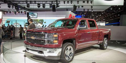 2014 Chevrolet Silverado 1500 Photos and Info –