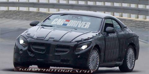 Tire, Vehicle, Automotive design, Land vehicle, Automotive tire, Car, Hood, Fender, Sports car racing, Performance car,