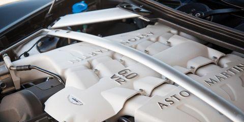 Engine, Automotive engine part, Automotive fuel system, Silver, Motorcycle, Kit car,