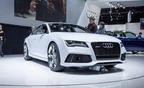 Tire, Wheel, Automotive design, Vehicle, Event, Land vehicle, Car, Grille, Audi, Personal luxury car,