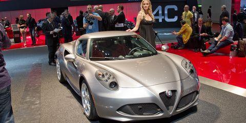 Automotive design, Vehicle, Event, Land vehicle, Car, Performance car, Personal luxury car, Sports car, Supercar, Luxury vehicle,