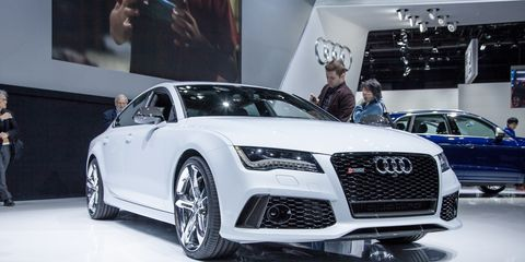 Tire, Automotive design, Vehicle, Event, Land vehicle, Grille, Car, Personal luxury car, Alloy wheel, Audi,