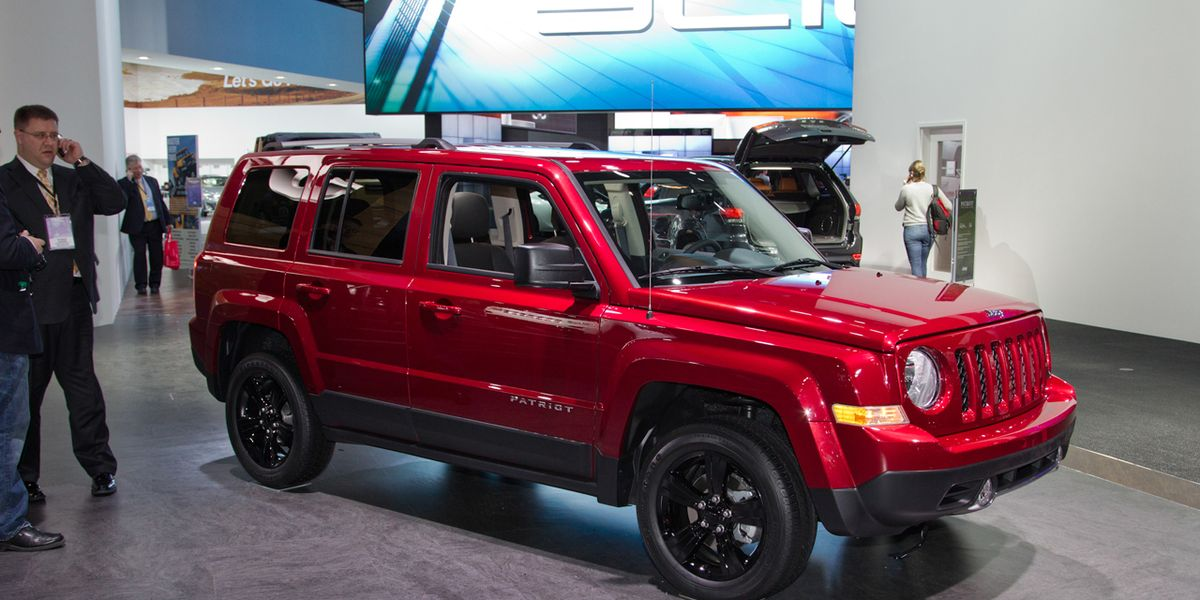 2014 Jeep Patriot Photos And Info News Car And Driver