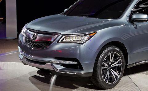 Automotive design, Product, Vehicle, Land vehicle, Automotive lighting, Glass, Headlamp, Automotive tire, Car, Grille,
