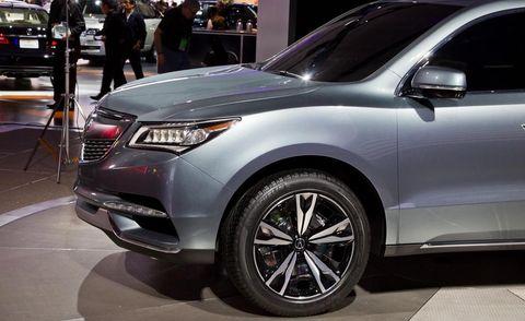 Tire, Wheel, Automotive design, Vehicle, Product, Automotive tire, Land vehicle, Event, Automotive lighting, Car,