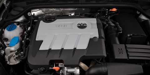 Engine, Personal luxury car, Automotive engine part, Luxury vehicle, Automotive air manifold, Automotive super charger part, Kit car, Performance car, Nut, Hood,