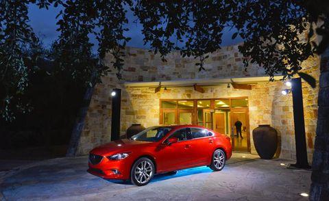 Tire, Wheel, Automotive design, Automotive lighting, Rim, Car, Automotive parking light, Alloy wheel, Fender, Performance car,