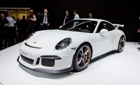 Automotive design, Vehicle, Land vehicle, Car, Performance car, Fender, Sports car, Personal luxury car, Alloy wheel, Luxury vehicle,