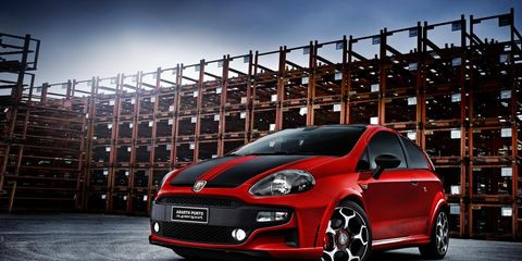 Motor vehicle, Automotive design, Vehicle, Automotive lighting, Rim, Car, Headlamp, Automotive wheel system, Hood, Alloy wheel,