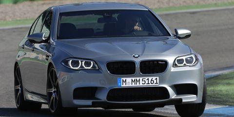 Automotive design, Vehicle, Hood, Car, Automotive exterior, Rim, Performance car, Automotive tire, Grille, Alloy wheel,