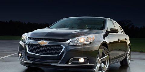 Motor vehicle, Automotive design, Vehicle, Headlamp, Automotive lighting, Grille, Transport, Car, Hood, Automotive fog light,