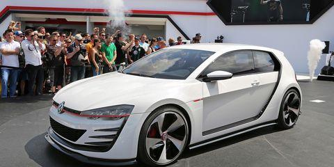 Tire, Wheel, Automotive design, Vehicle, Land vehicle, Event, Car, Alloy wheel, Auto show, Exhibition,
