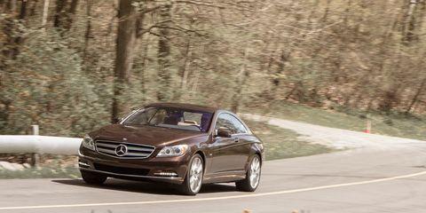 Automotive design, Vehicle, Rim, Alloy wheel, Car, Mercedes-benz, Automotive exterior, Personal luxury car, Automotive lighting, Fender,