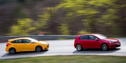 Focus St Vs Gti >> 2015 Volkswagen Gti Vs 2013 Ford Focus St 8211 Comparison Test