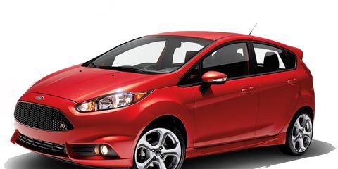 Tire, Wheel, Motor vehicle, Automotive mirror, Mode of transport, Automotive design, Vehicle, Automotive tire, Automotive wheel system, Car,