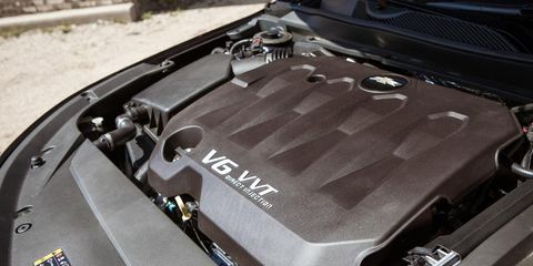 Motor vehicle, Automotive exterior, Hood, Engine, Trunk, Automotive engine part, Kit car, Baggage, Personal luxury car, Radiator,