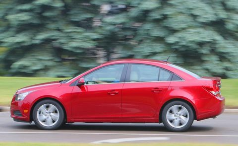 Tire, Wheel, Automotive design, Vehicle, Car, Red, Full-size car, Technology, Rim, Mid-size car,