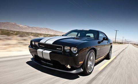 Tire, Automotive design, Automotive tire, Road, Automotive lighting, Vehicle, Automotive exterior, Headlamp, Hood, Transport,