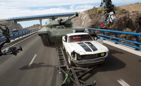 Mode of transport, Military vehicle, Combat vehicle, Tank, Self-propelled artillery, Watercraft, Gun turret, Military, Boat, Water transportation,