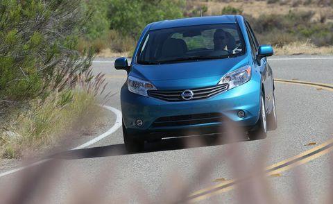 Motor vehicle, Automotive design, Vehicle, Road, Automotive mirror, Car, Headlamp, Glass, Rear-view mirror, Hood,
