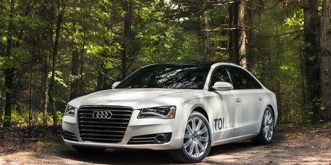Tire, Automotive design, Vehicle, Grille, Rim, Alloy wheel, Car, Headlamp, Hood, Fender,