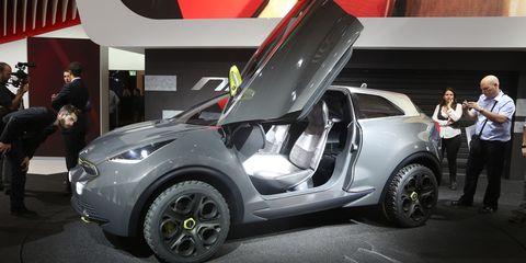 Motor vehicle, Automotive design, Vehicle, Automotive exterior, Car, Automotive wheel system, Concept car, Alloy wheel, Vehicle door, Fender,