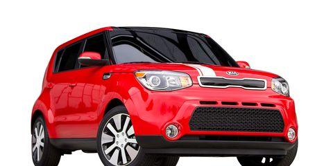 Motor vehicle, Tire, Automotive mirror, Automotive design, Product, Vehicle, Automotive lighting, Land vehicle, Hood, Vehicle door,