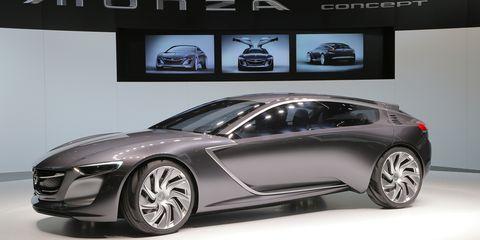 Tire, Wheel, Automotive design, Mode of transport, Vehicle, Land vehicle, Car, Alloy wheel, Rim, Personal luxury car,