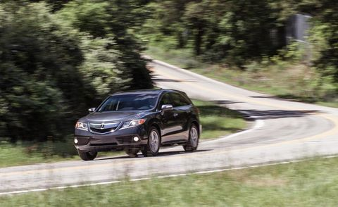 Tire, Wheel, Automotive mirror, Automotive design, Road, Vehicle, Infrastructure, Car, Road surface, Rim,