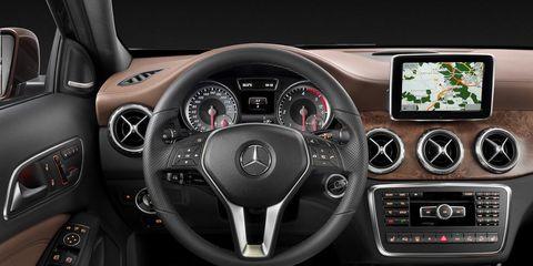 Motor vehicle, Steering part, Mode of transport, Automotive design, Steering wheel, Product, Vehicle, Transport, Automotive mirror, Speedometer,