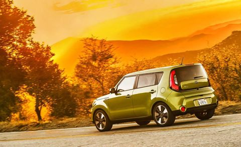 Tire, Wheel, Motor vehicle, Automotive design, Vehicle, Yellow, Land vehicle, Rim, Car, Alloy wheel,