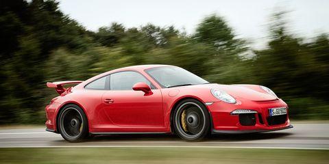 Tire, Wheel, Automotive design, Vehicle, Land vehicle, Car, Alloy wheel, Rim, Performance car, Red,