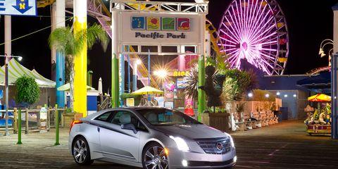 Tire, Mode of transport, Automotive design, Vehicle, Land vehicle, Transport, Car, Personal luxury car, Automotive lighting, Ferris wheel,