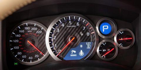 Mode of transport, Speedometer, Gauge, Tachometer, Measuring instrument, Odometer, Trip computer, Fuel gauge, Coquelicot, Luxury vehicle,