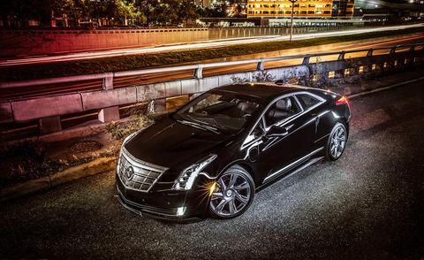 Automotive design, Vehicle, Automotive lighting, Car, Rim, Fender, Alloy wheel, Headlamp, Spoke, Guard rail,