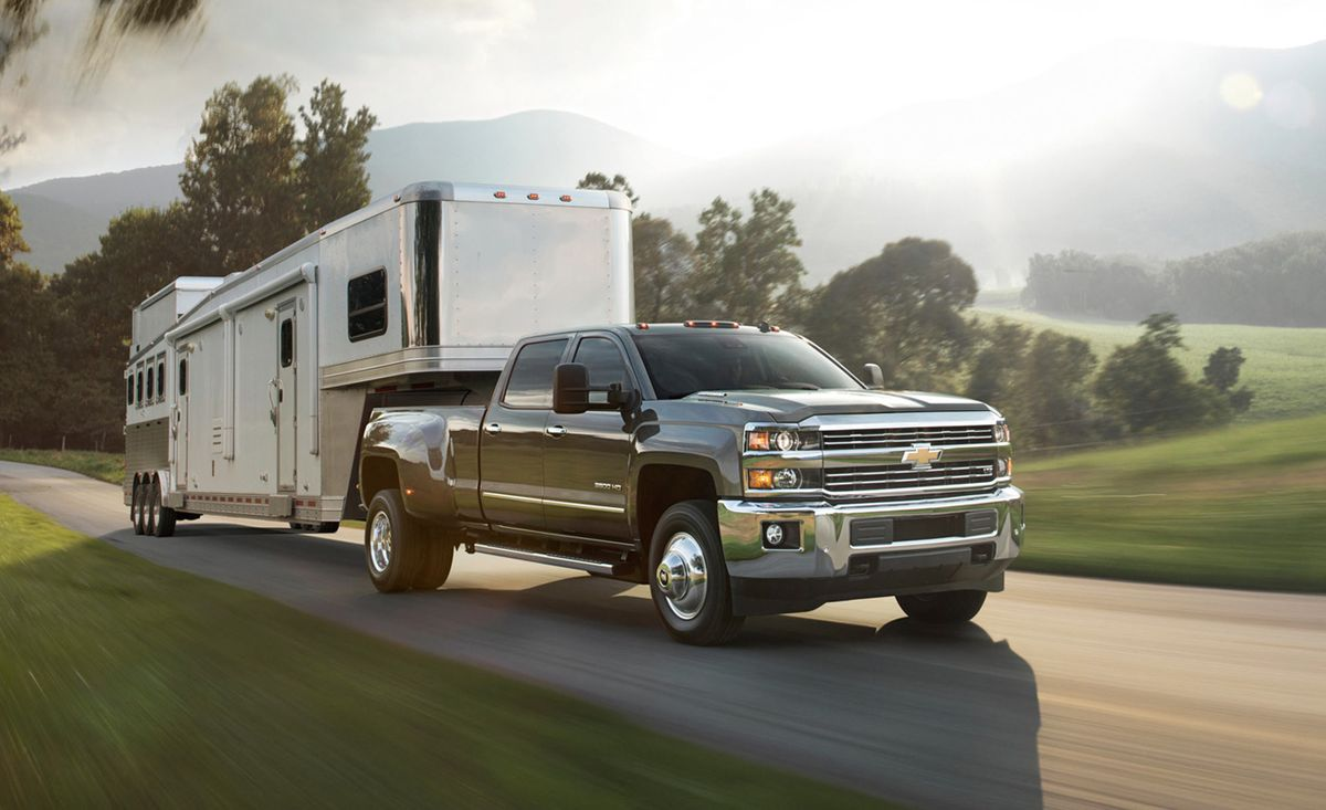 2015 Chevrolet Silverado 2500 3500 Hd First Drive 8211 Review 8211 Car And Driver