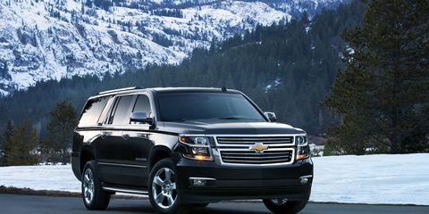 Tire, Wheel, Automotive mirror, Automotive tire, Mode of transport, Vehicle, Transport, Automotive lighting, Automotive parking light, Winter,