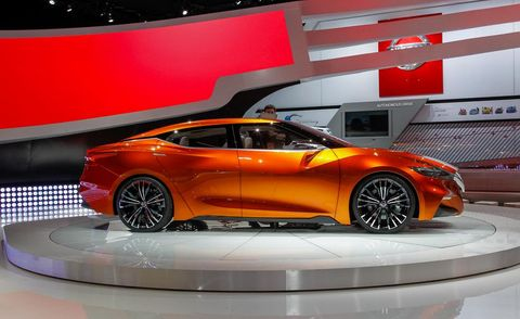 Tire, Wheel, Automotive design, Mode of transport, Vehicle, Land vehicle, Car, Auto show, Exhibition, Automotive lighting,